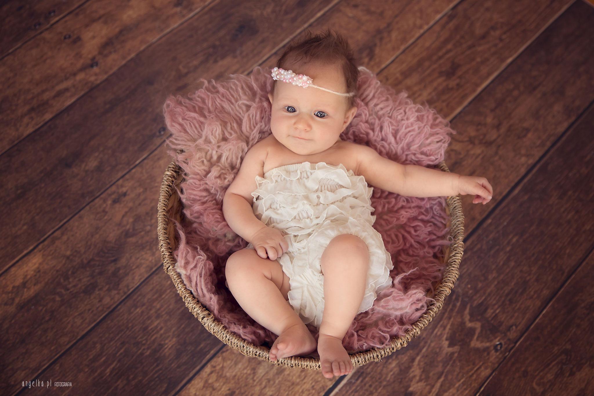 Lily mała ksieżniczka