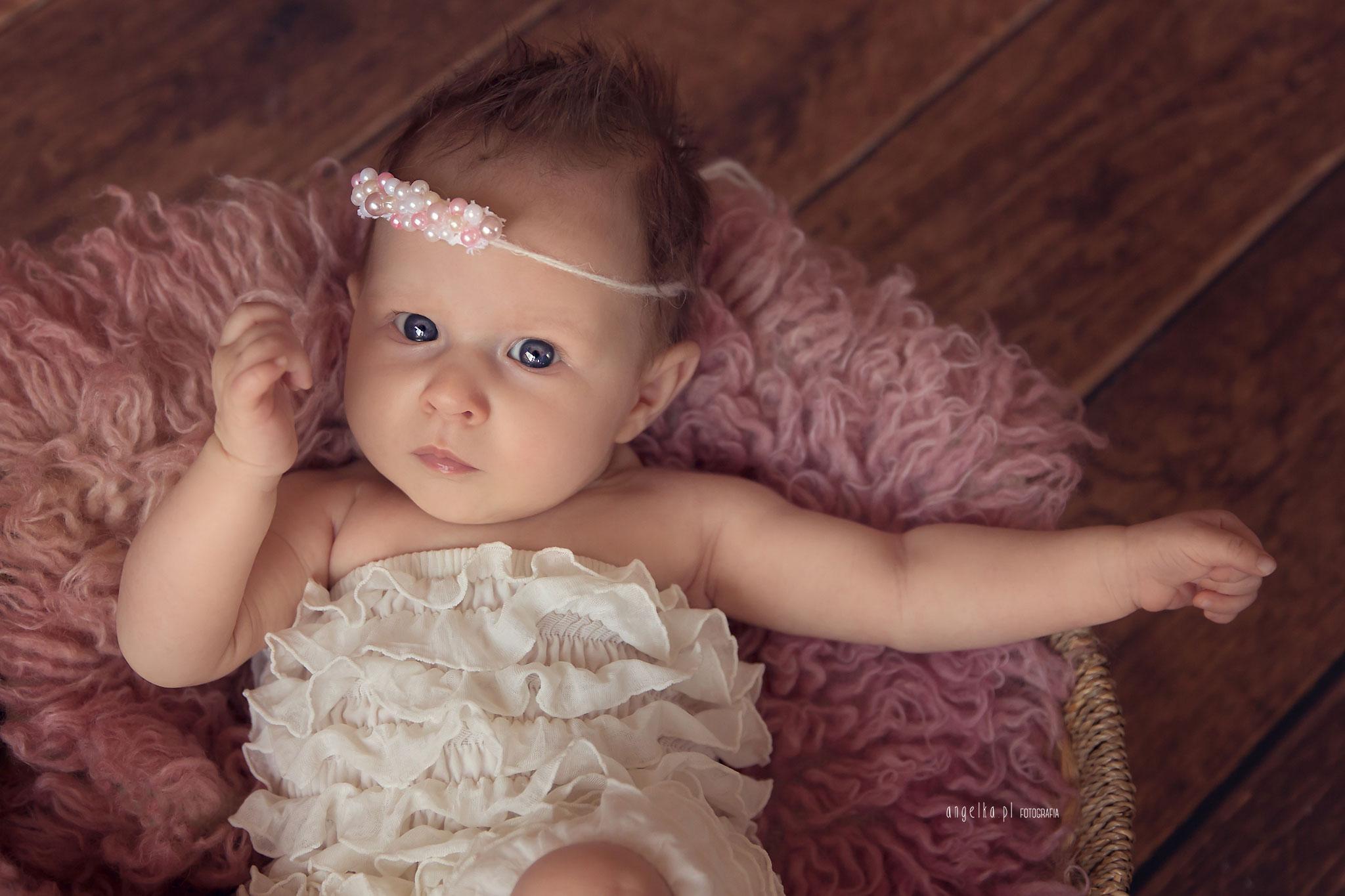 mała Lily