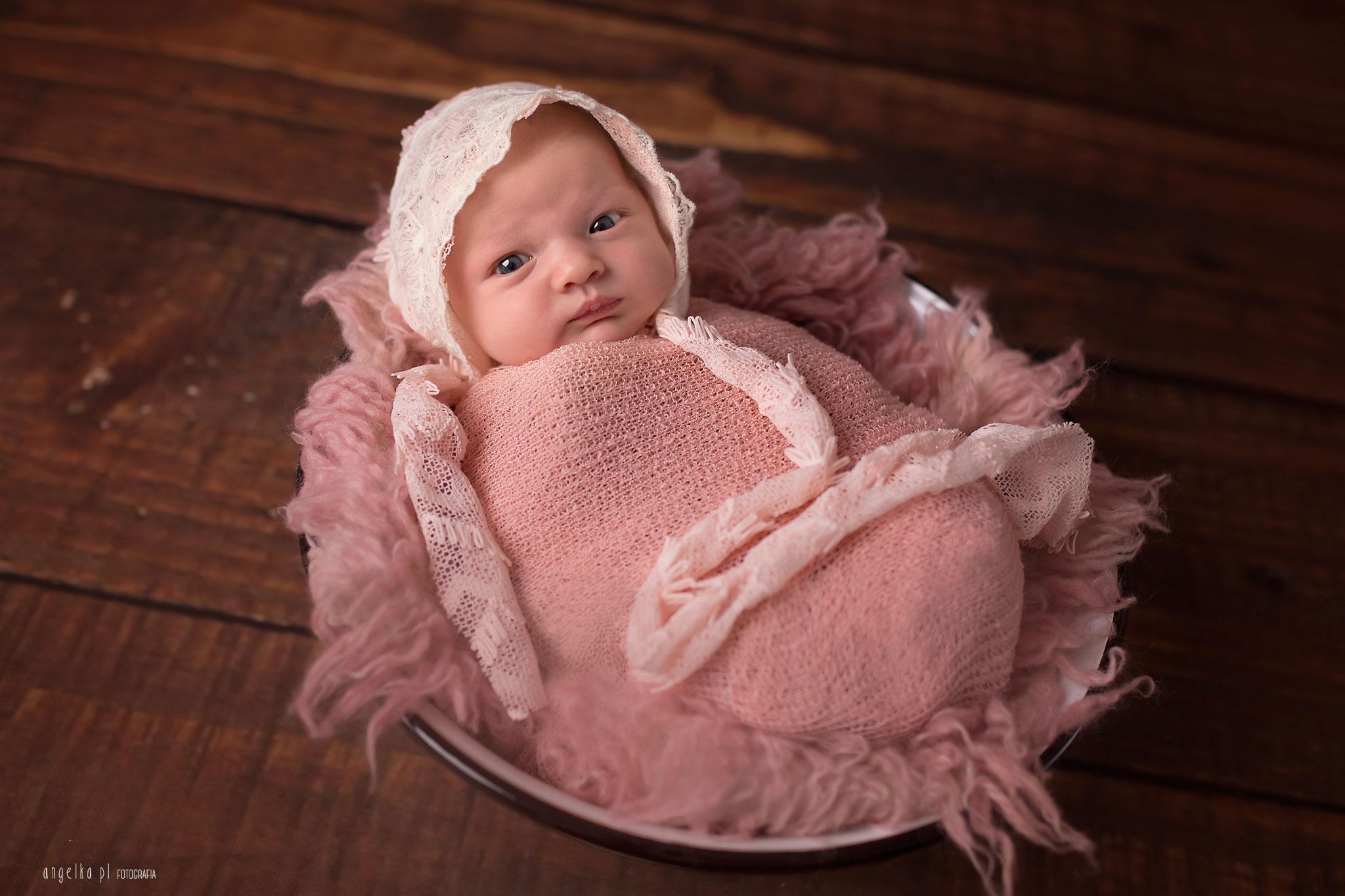 fotografia noworodkowa w warszawie