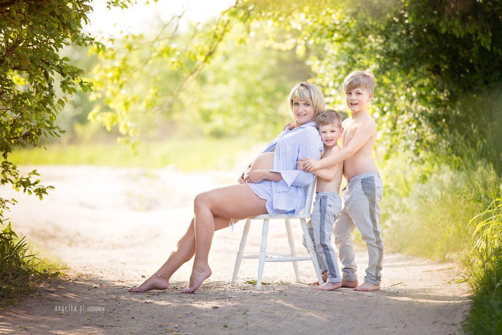 sesja ciążowa Katarzyny z rodziną