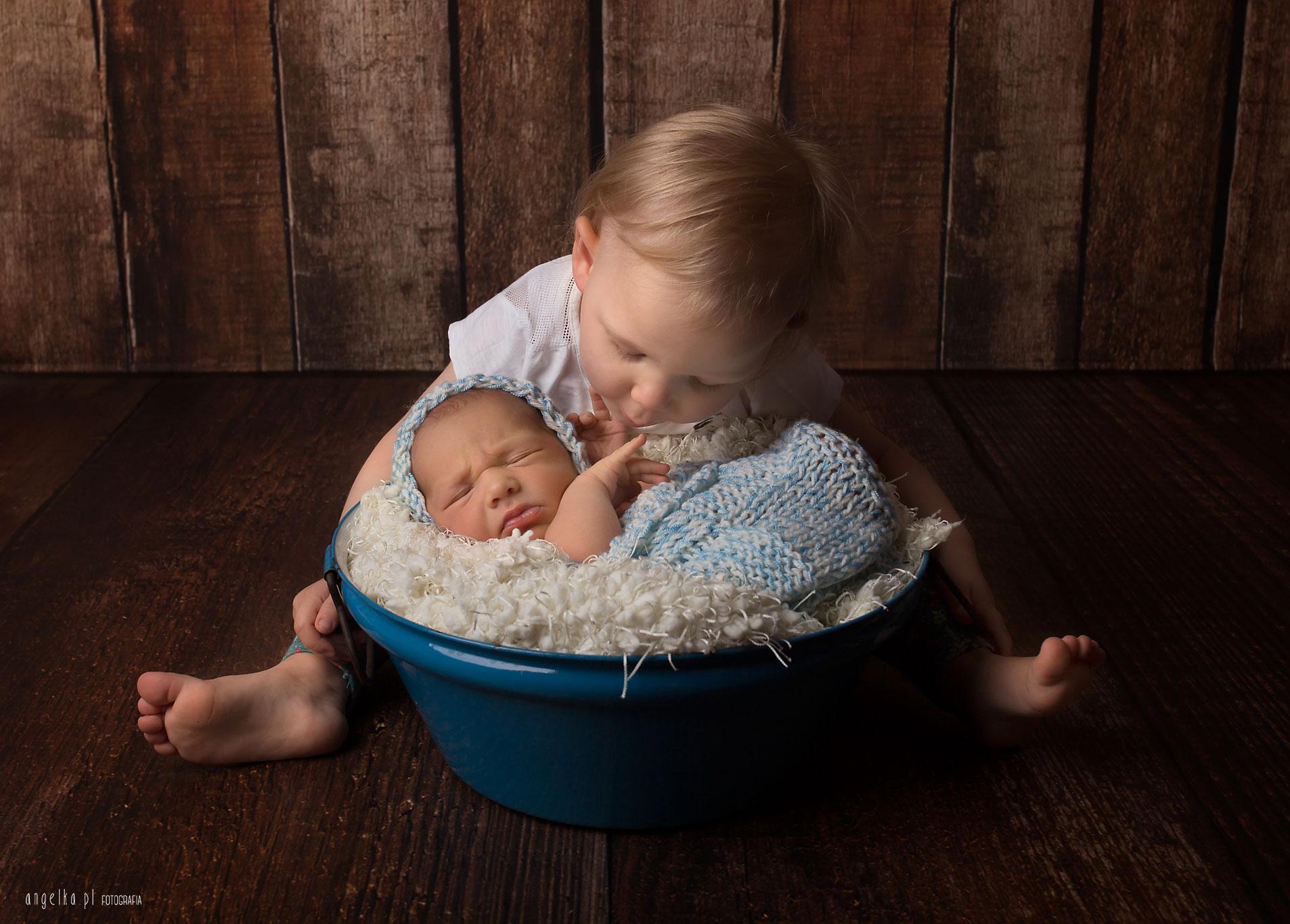 zdjęcia noworodkowe zrodzeństwem warszawa