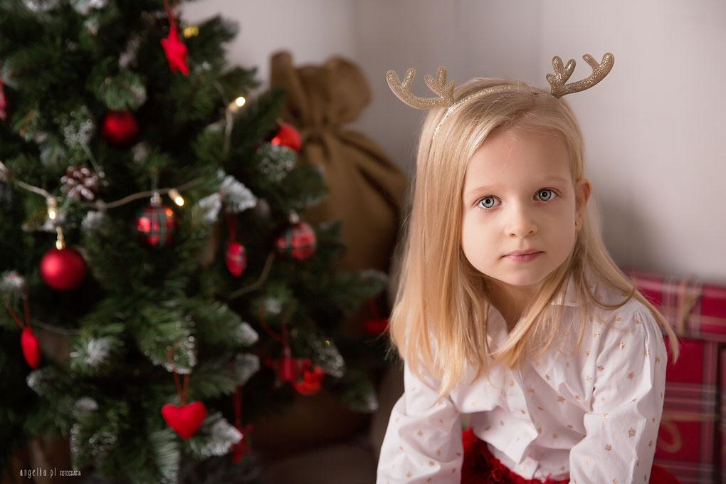 portret dziewczynki naswieta
