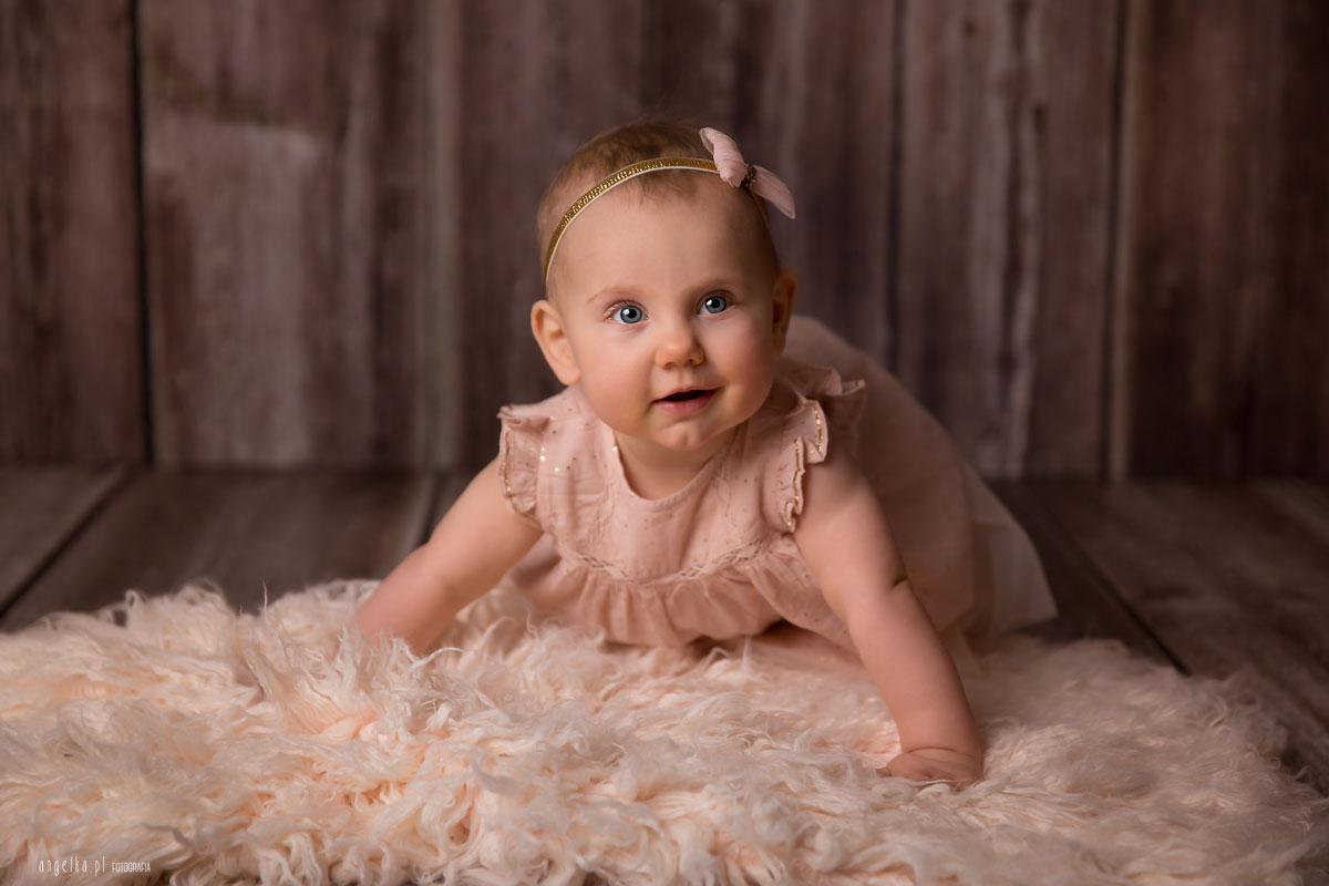niemowlęca sesja syudyjna
