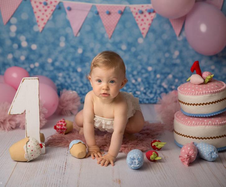 urodzinowe zdjęcie z tortem